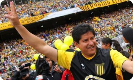 Eduardo Villegas, el más exitoso técnico liguero y magnífico conductor de The Strongest multicampeón