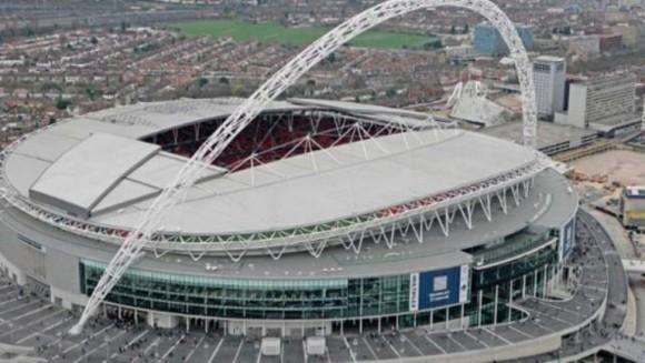 El nuevo Wembley es el mejor estadio de Inglaterra y entre sus múltiples curiosidades es que alberga en su interior la friolera de 2.618 baños. ¡Impresionante!