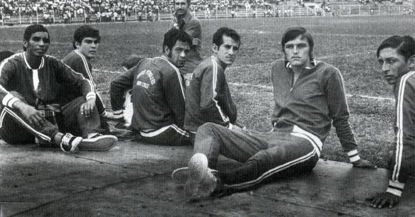 Oriente Petrolero fue pentacampeón del fútbol profesional cruceño (1969-1970-1971-1972 y 1973). En la foto están Dedé, Antelo y Taritolay