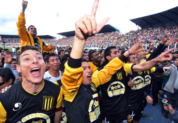 tricampeon_the_strongest_1220121209 (1)