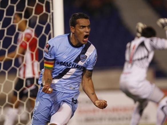 "La ""Fiera"" Ferreira celebra el gol del triunfo frente a Junior en Barranquilla"