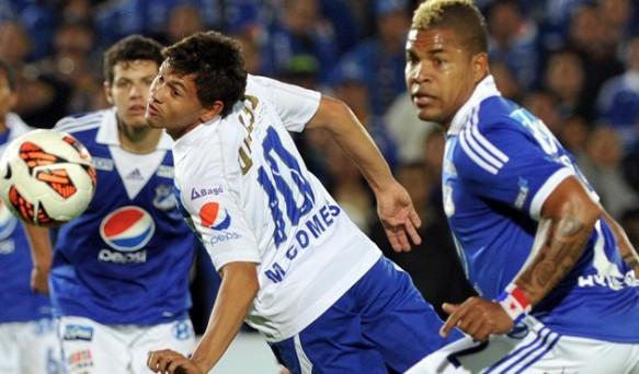 Gomes de San José, autor del primer gol ante Millonarios en Oruro