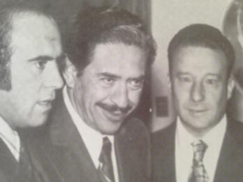 Adalberto Violand Alcazar (centro)