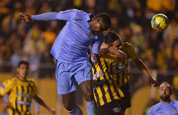 El empate 1 a 1 en el clásico fue el partido que decidió el título celeste