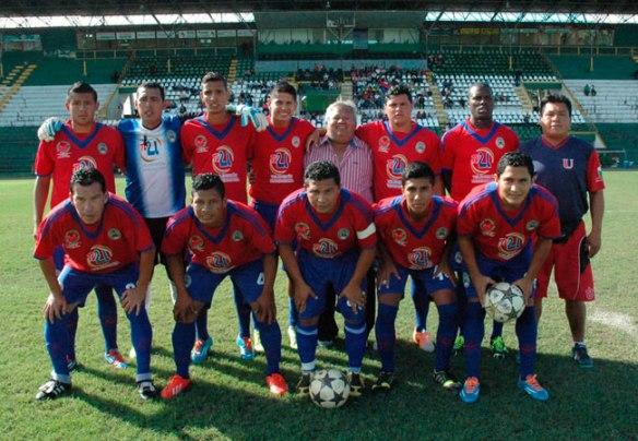 Universitario de Pando. Primer equipo profesional pandino en disputar un torneo nacional del fútbol profesional boliviano