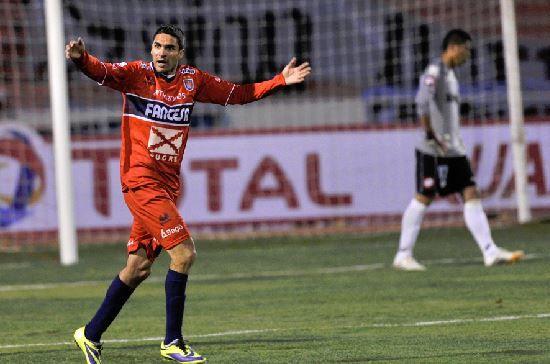 Martín Palavicini de Universitario de Sucre, goleador del torneo