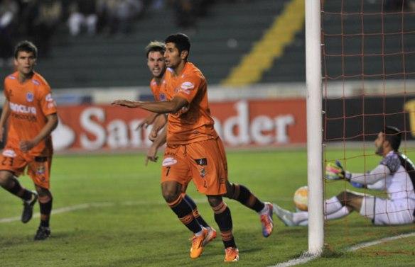 El gol de Castro y la senda del primer triunfo capitalino en Sucre