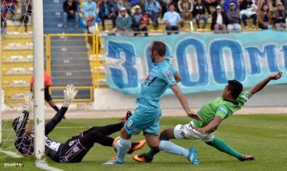 futbol-bolivia-liga-bolivar-petrolero_lrzima20161102_0033_11